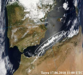 EQ cloud along plate boundary on June 17 on the Terra image