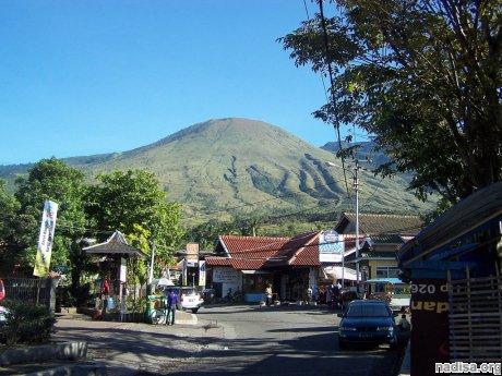 Индонезийская гора Гунтур может стать вулканом