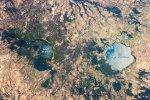 На МКС сфотографировали два озера в итальянских кальдерах