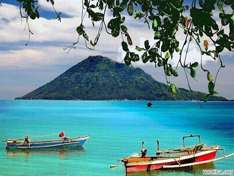 Мощное землетрясение вновь тряхнуло остров Сулавеси