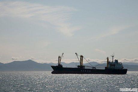 В Охотском море вблизи Курильских островов произошло землетрясение магнитудой 5,3
