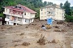 Floods and mudslides across the northeastern Turkey: 7 dead, 17 injured
