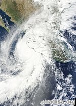 Patricia makes landfall in Mexico, major flooding ongoing