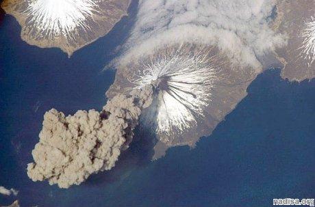 Камчатский вулкан Шивелуч выбросил 7-клометровый столб пепла
