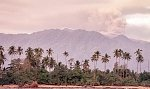 Вулкан Дуконо в Индонезии выбросил столб пепла на высоту 6 км