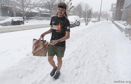 Из-за сильного снегопада в Колорадо отменили 440 авиарейсов