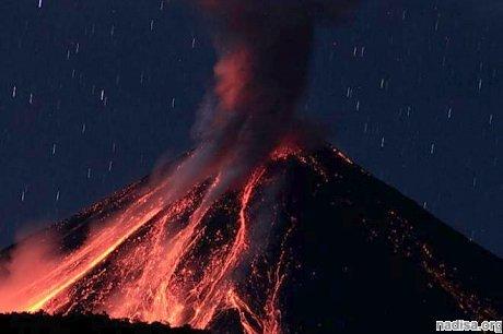 В Эквадоре произошло извержение вулкана Ревентадор: пепел поднялся на 5 км в высоту