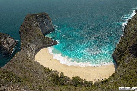 У берегов индонезийского острова Бали произошло землетрясение магнитудой 6,2